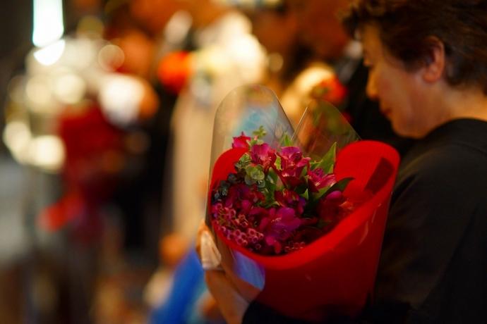 感謝を伝える花束贈呈はやっぱり涙をさそう