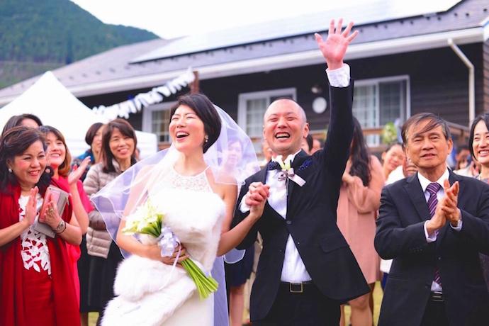 みんなありがとう!ふたりの笑顔は満開に。